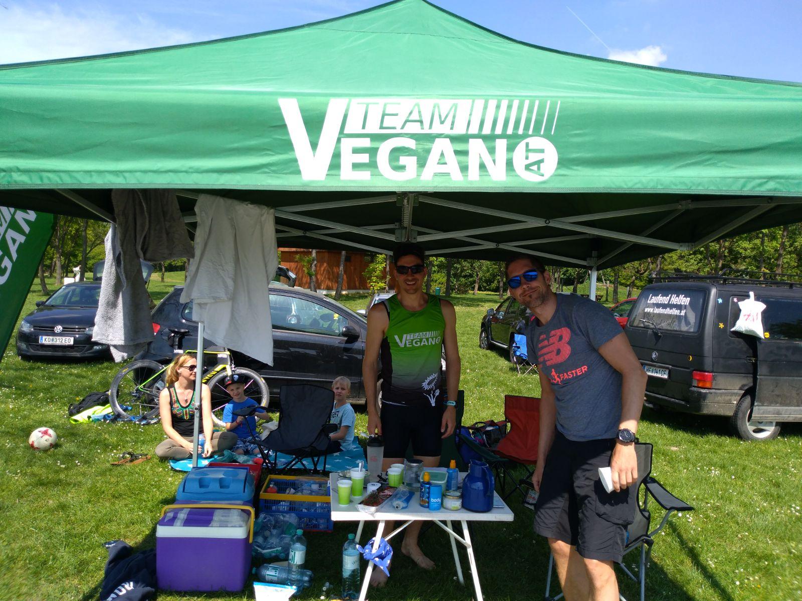Team Vegan.at bei den 12 Stunden von Langenzersdorf